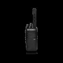 Motorola DP2400 403-527 MHz 4W ipari adóvevő